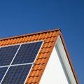 Sluneční panely na střecha