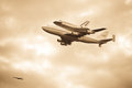Space Shuttle Discovery Flyover in Washington, DC Royalty Free Stock Photography