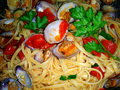 Spaghetti con vongole with clams italian recipe Stock Photography