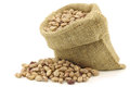 Speckled beans in a burlap bag Royalty Free Stock Photos
