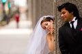 Sposa e sposo first look Fotografie Stock Libere da Diritti