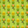 St patricks day seamless background with shamrock and leprechaun illustration Royalty Free Stock Image