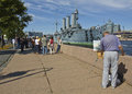 St. Petersburg, painter drawing cruiser Stock Photography