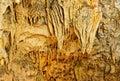 Formujúce sa stalaktity