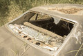 Stary brudny samochód z psującym okno Obrazy Royalty Free