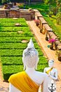 Statue de Buddhas dans le temple Wat Chai Mongkol Photo stock