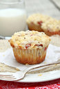 Strawberry muffins with crumb topping Royalty Free Stock Images