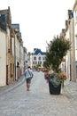 Street rue du pilori en ville de le croisic france Photos libres de droits