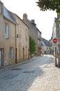 Street rue du pilori en ville de le croisic france Photo stock