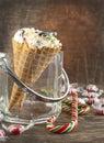 Sucrerie cane ice cream dans le c ne de gaufre Photographie stock