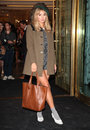 Suki waterhouse arriving for the vogue s fashion night out mulberry party at mulberry london picture by alexandra glen Stock Images