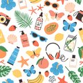 Summer seamless pattern fresh tropical fruits, seashells, exotic flowers, palm leaves, sunglasses, butterflies. Bright Royalty Free Stock Photo