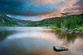 Sunrise over Llyn Gwynant in Snowdonia Stock Photos