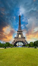 Sunset sky above eiffel tower paris la tour eiffel from champ champs de mars Royalty Free Stock Photography