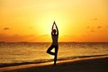Sunset yoga woman Royalty Free Stock Photography