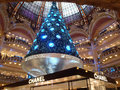 Swarovski christmas tree paris france december at the famous galeries lafayette department store on the boulevard haussmann the Stock Images