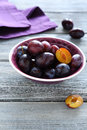 Sweet plums in a bowl fruits Royalty Free Stock Images
