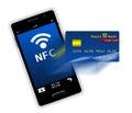 Téléphone portable avec l écran de carte de crédit Photos stock