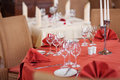 Table setting in restaurant selective focus of Royalty Free Stock Photos