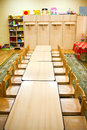Tables de salle de classe Photo stock