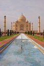 Taj mahal with the pool and garden reflecting Stock Images