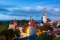Tallinn estonia tallinnis the capital of thehistorical and medieval heart of the city is the hill of toompea covered in cobbled Stock Photos