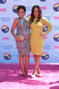 Tamera mowry tia mowry at the teen choice awards arrivals gibson amphitheatre universal city ca Stock Images