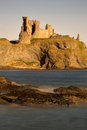 Tantallon castle north berwick scotland is a semi ruined cliff top fortress in east lothian dating to the mid th century and with Stock Photography