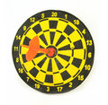 Target and darts Royalty Free Stock Photos
