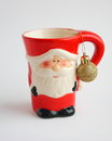 Tarjeta de navidad santa mug roja fotos comunes Fotos de archivo