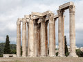Temple of olympian zeus athens the archaeological site the with its corinthian colonnade greece Stock Photos