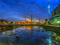 Tengku ampuan jemaah reflection of masjid during blue hour Stock Photos