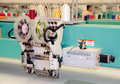 Textile : Machine industrielle de broderie Photographie stock