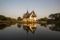 Thai temple before sunset Royalty Free Stock Photo