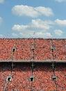 Tisíce v oranžový