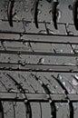 Tire täta droppar för bil upp vatten Royaltyfria Bilder