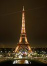Tour eiffel in paris by night france Stock Photo
