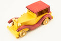 Toy red de madeira e carro amarelo Foto de Stock Royalty Free