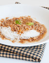 Traditional thai cuisine rice vermicelli eaten with sweet sauce Stock Photography
