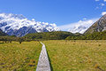 Trail to an alpine wonderland boardwalk the sealy tarns in new zealand Stock Photos