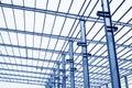 Trave di acciaio del tetto del gruppo di lavoro di produzione industriale Fotografie Stock Libere da Diritti