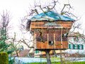 Tree house small nature friendly Royalty Free Stock Photos