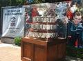 Troféu de davis cup na exposição em billie jean king national tennis center no nivelamento ny Imagens de Stock Royalty Free