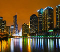 Trump l h tel international et dominez chicago il pendant la nuit Photo stock