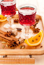 Two glasses of mulled wine and spices Royalty Free Stock Photos