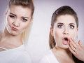 Two shocked and amazed women Royalty Free Stock Photo