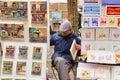 Ublic malarz z jego obrazu du tertre na miejscu kwadratem w paris xviiie arrondissement montmartre Zdjęcia Royalty Free