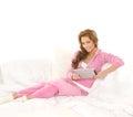 Uma mulher caucasiano nova na roupa desportiva cor-de-rosa Fotografia de Stock Royalty Free