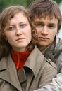 Un jeune couple Photo stock