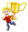 Une bande dessinée a en passant habillé l homme sautant heureusement dans le ciel tenant un trophée d or de gagnants Photos libres de droits